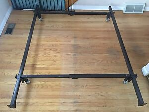 Queen bed frame $40