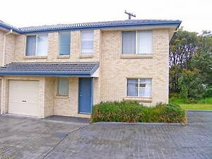 * Modern two bedroom townhouse in a small complex of three Culburra Beach Shoalhaven Area Preview