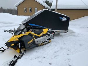 PACKAGE DEAL snowmobile & trailer