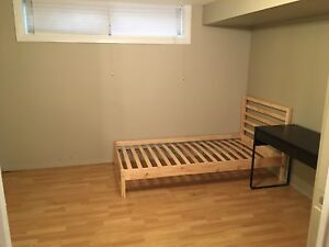 2 rooms for rent for summer near McMaster University