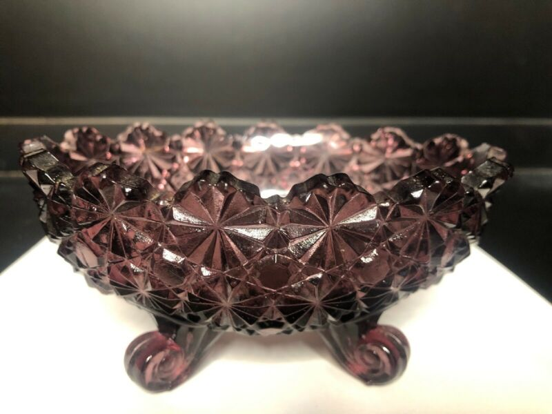 L.G. Wright Amethyst Purple Daisy Button Scallop Edge Glass Dish Footed Bowl