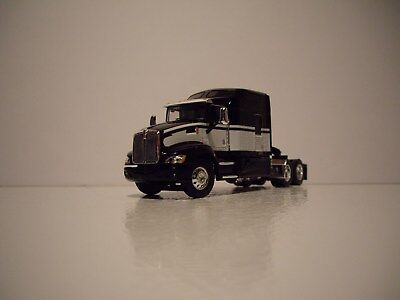 Dcp 1 64 Black   White Kenworth T660 With 86 Mid Roof Studio Sleeper