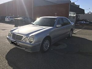 Mercedes-Benz E240 Classic Facelift Model! Lathlain Victoria Park Area Preview