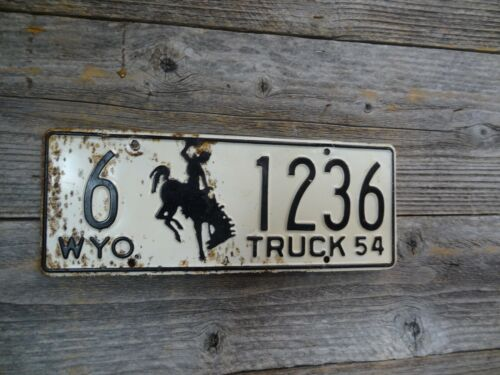 1954 Wyoming Cowboy Bucking Horse license plate all Original paint license plate
