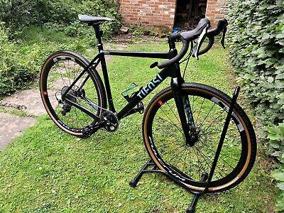 Tifosi Cavazzo Carbon Gravel bike medium.