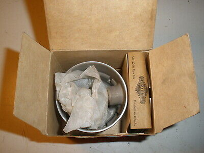 Briggs Stratton Gas Engine .020 Over Piston Assembly 298170 Vintage