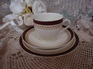 VINTAGE ALFRED MEAKIN ENGLAND TRIO,CUP,SAUCER,PLATE MAROON,GOLD Loganholme Logan Area Preview