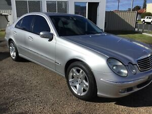 MERCEDES BENZ E500 ELEGANCE V8 AUTOMATIC SEDAN Fairy Meadow Wollongong Area Preview