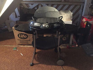Electric grill for sale $20
