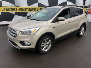 2017 Ford Escape SE, Auto, Navigation, Back Up Camera, 4*4,