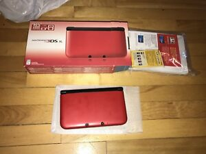Nintendo 3ds xl red complete in box barely used