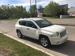MOVING- 2009 Jeep Compass North Edition