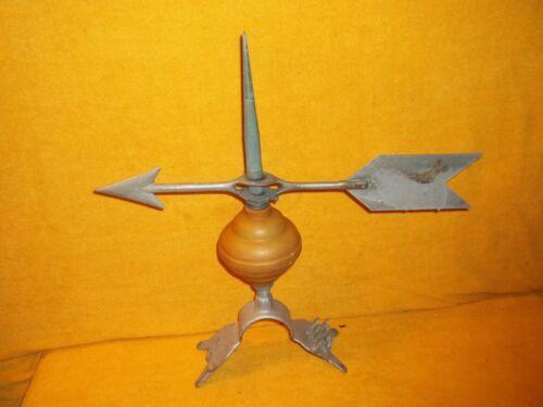"""VTG 17"""" Aluminum Arrow WeatherVane On 12"""" Lightning Rod With Base PAT 1928"""