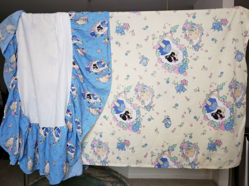 Vintage Snow White Disney Bedsheet and Dust Ruffle Twin