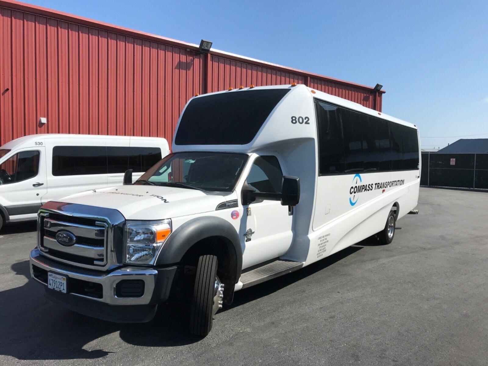 2015 ford E550 passenger bus