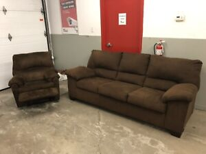 Living Room Set - Couch & Recliner ***Free Delivery Included***
