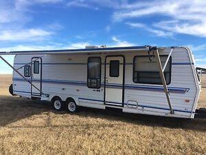 32' American Star camper