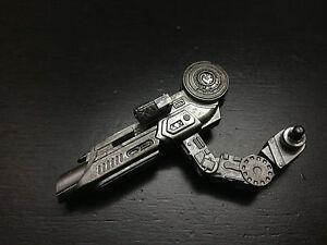 Hot-Toys-1-6-Scale-AVP-R-Alien-vs-Predator-Celtic-2-0 ...