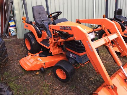 Kubota BX tractor new mower deck just fitted bucket