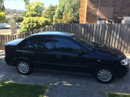 2004 black Astra sedan.