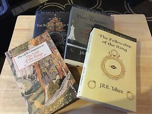 Set of 4 The Lord of the Rings chapter books
