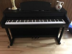 Suzuki Digital piano