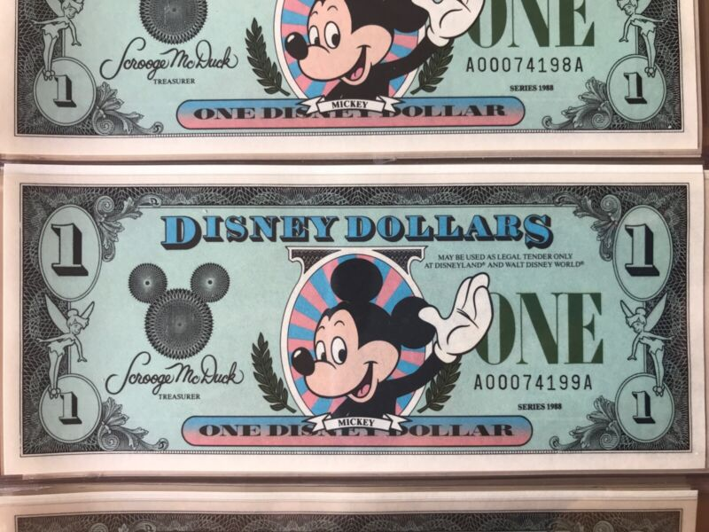 DISNEY DOLLAR 1988 SERIES A $1 MICKEY MOUSE UNCIRCULATED 33 YEARS OLD INCREDIBLE