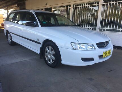 04 HOLDEN wagon.Immaculate.