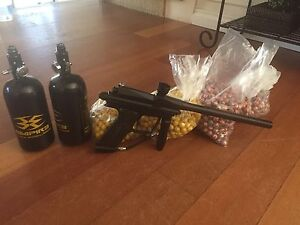 Azodin 2011 Blitz Paintball Gun and Accessories