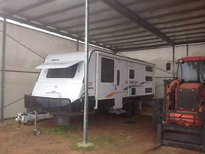Jayco Starcraft Outback Family Triple Bunk Caravan 2015 Clermont Isaac Area Preview