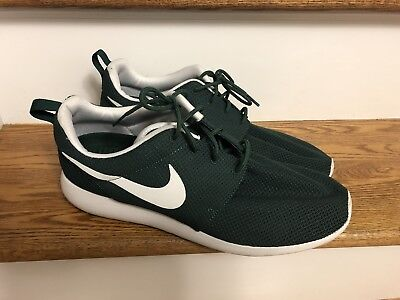 official photos e6b02 42157 Nike Roshe Sneakers Men s Green White Athletic Shoes Size 13 Euc