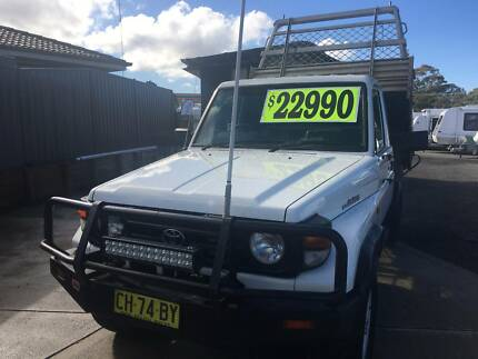 2000 Toyota LandCruiser  Turbo Diesel  5 Speed With Tip Tray Belmont North Lake Macquarie Area Preview