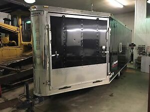 2007 Haulmark 26ft 4 place enclosed sled/snowmobile trailer