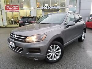 2012 Volkswagen Touareg COMFORTLINE WITH NAVIGATION & LEATHER IN