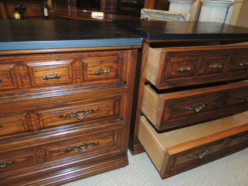 Pair of Mid-Century Kent-Coffey Bachelor Chests, Dresser/Chest Bureau