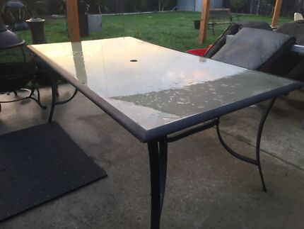 Glass top 6 seater outdoor table & chairs