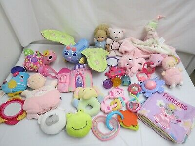 LOT OF BABY GIRL TOYS CRIB STROLLER RATTLES TOYS NURSERY CRIB CLOTH BOOK