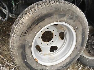 Dually rim an tire for 2011 and up chevy or gmc