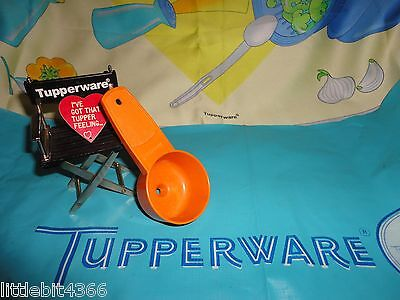 TUPPERWARE ORANGE TINY TREASURES MINI FUNNEL GADGET # 877 KITCHEN, CRAFTS... - Tiny Funnel