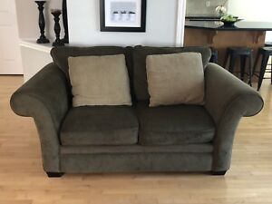 4pc Living Room Set - Couch / Loveseat / Chair / Ottoman