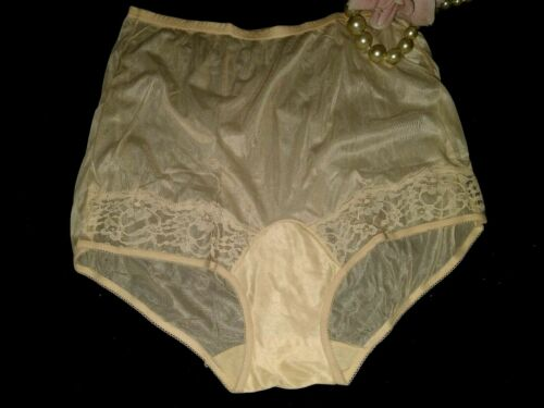VTG SILKY VANITY FAIR IVORY LACE INSERT TRICOT NYLON PANTIES 7/NEW PIN UP 44