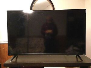 50 inch Smart tv, sells at store for $600