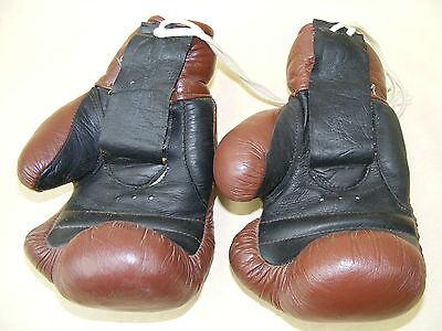 schöne alte Boxhandschuhe deko vintage kult retro design sport Boxen