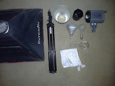 Single Softbox Kit - Interfit INT185 Stellar X Tungsten Single Head and Softbox Kit