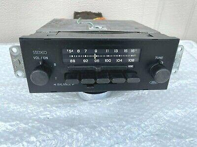 1984-1896 Ford AM/FM Stereo Radio, Ranger, Mustang LTD + Mounting Bracket