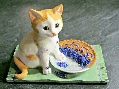 Lenox Blueberry Pie Caper Cat Kitten Sculpture Figurine Caught in the Act