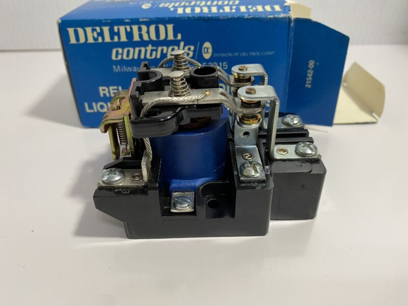 Deltrol Controls 900 DPDT 20241-83 Heavy Duty Power Relay