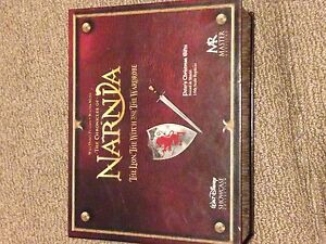 Chronicles of narnia collectors edition sword and shield London Ontario image 2