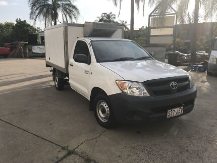 2005 Toyota hilux have freezer and come with rwc and Rego