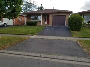 ALL INCLUSIVE 3BR HOME FOR LEASE IN WELLAND